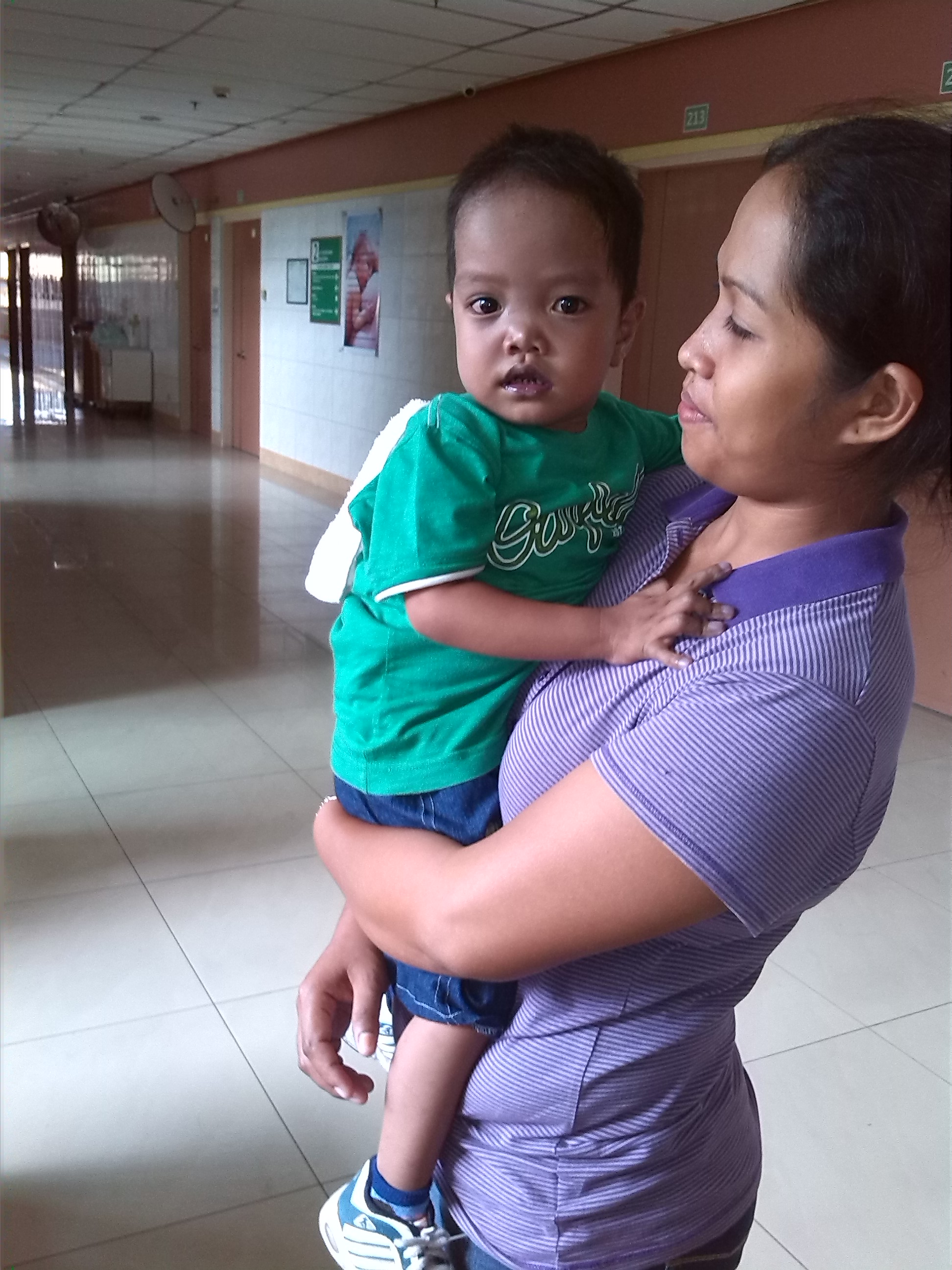 Reynaldo Jr and mom